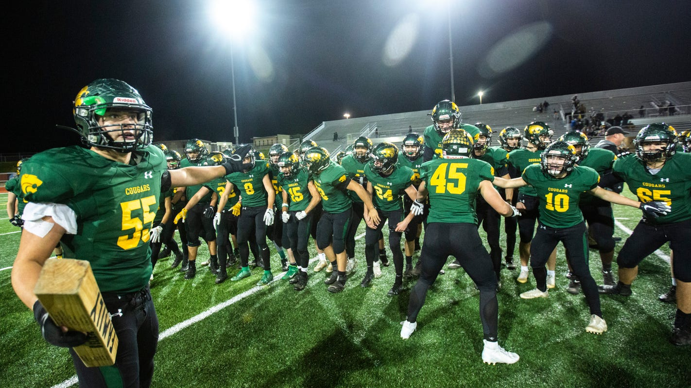 Iowa high school football: What we learned from Cedar Rapids Kennedy's 28-18 win over Bettendorf