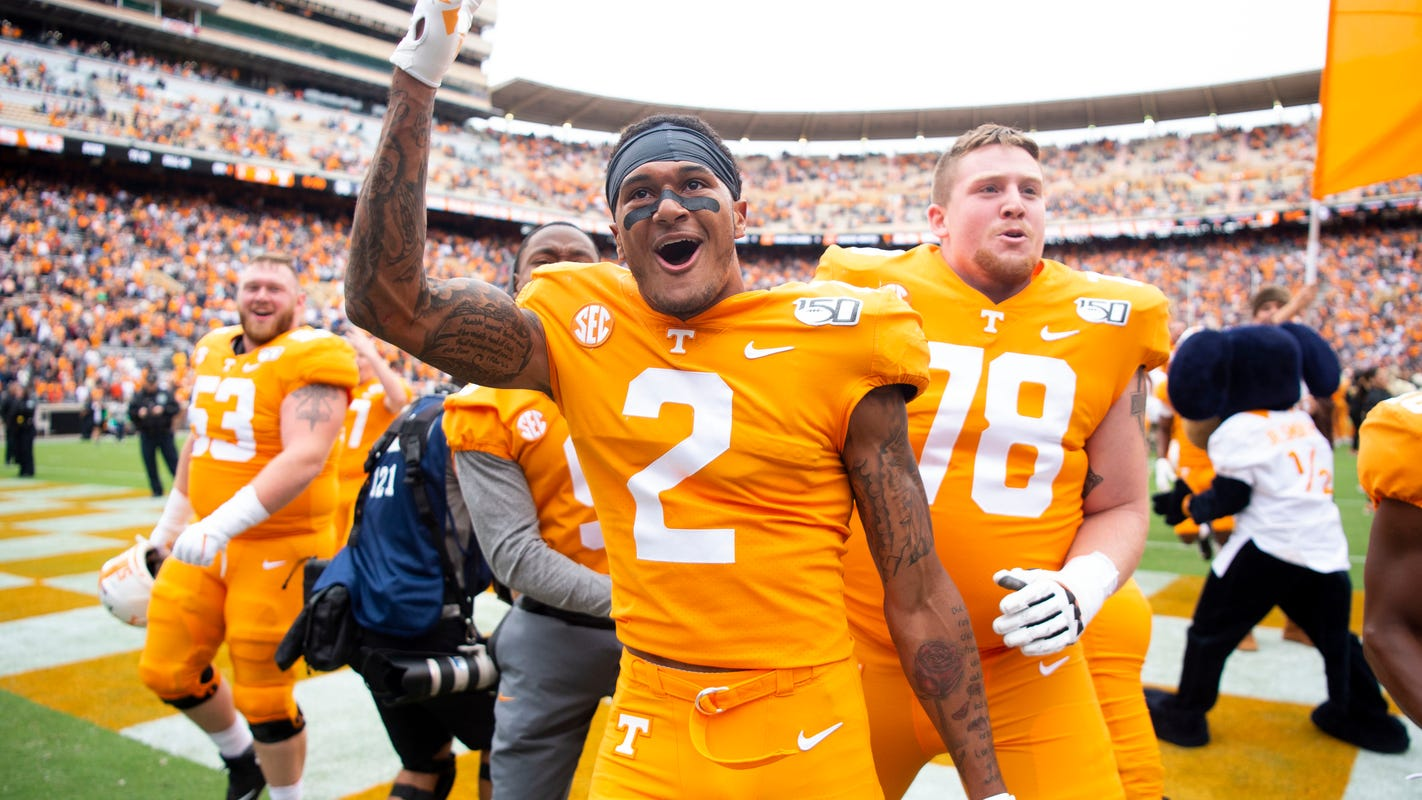 Should Tennessee football consider a 5-7 season a success?