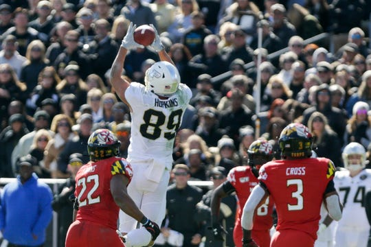 Purdue tight end Brycen Hopkins (89) makes a catch during the third quarter of an NCAA football game, Saturday, Oct. 12, 2019 at Ross-Ade Stadium in West Lafayette.