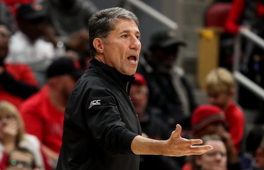 Dino Gaudio calls out a play at Louisville's red-white scrimmage. Oct. 12, 2019