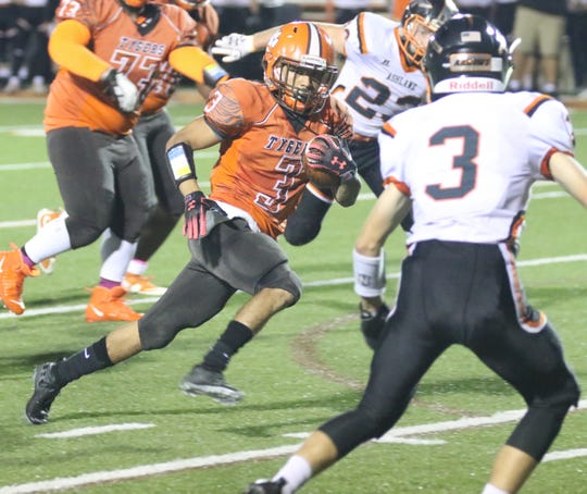 Mansfield Senior's Terrance Flickinger ran for 144 yards and two touchdowns in a 56-21 win over Ashland bringing his two-week total to 293 yards and four touchdowns.