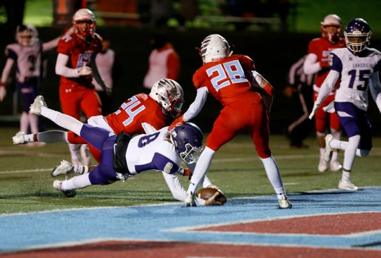 Camdenton's Collin Thomas scores a touchdown on the Glendale Falcons on Friday, Oct. 11, 2019.