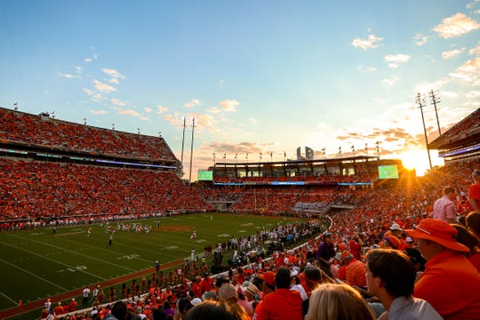 Clemson fans kept supporting their team all the way til the end of the game against FSU on Saturday, October 12th.