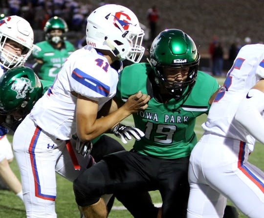 Is it possible Graham and Iowa Park could be placed in separate districts after UIL's realignment Monday?