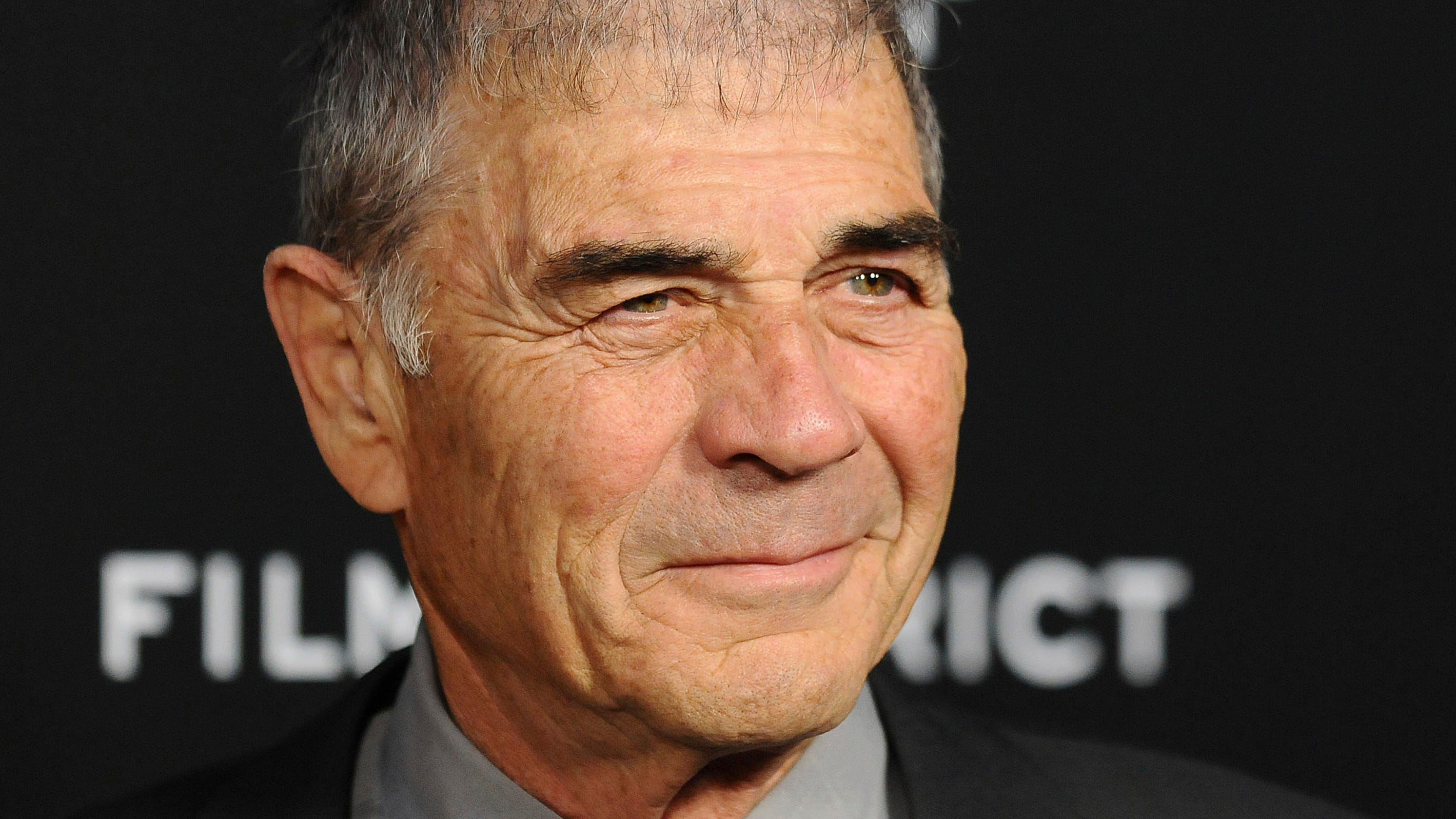 Robert Forster, Oscar-nominated actor for 'Jackie Brown,' dies at 78 - USA TODAY