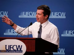 Presidential hopefuls preach power of unions at Iowa labor forum