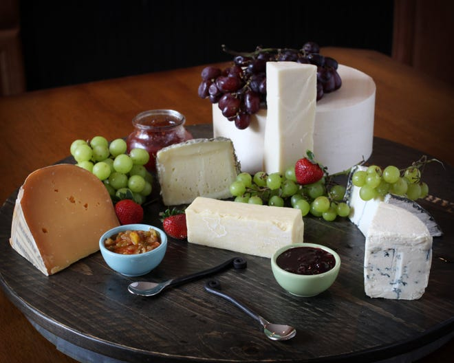 """It's time to retire the term """"melting pot"""" when it comes to describing the varied population of the U.S. FSView staff writer Nicole van der Sommen argues for """"cheese plate"""" instead."""