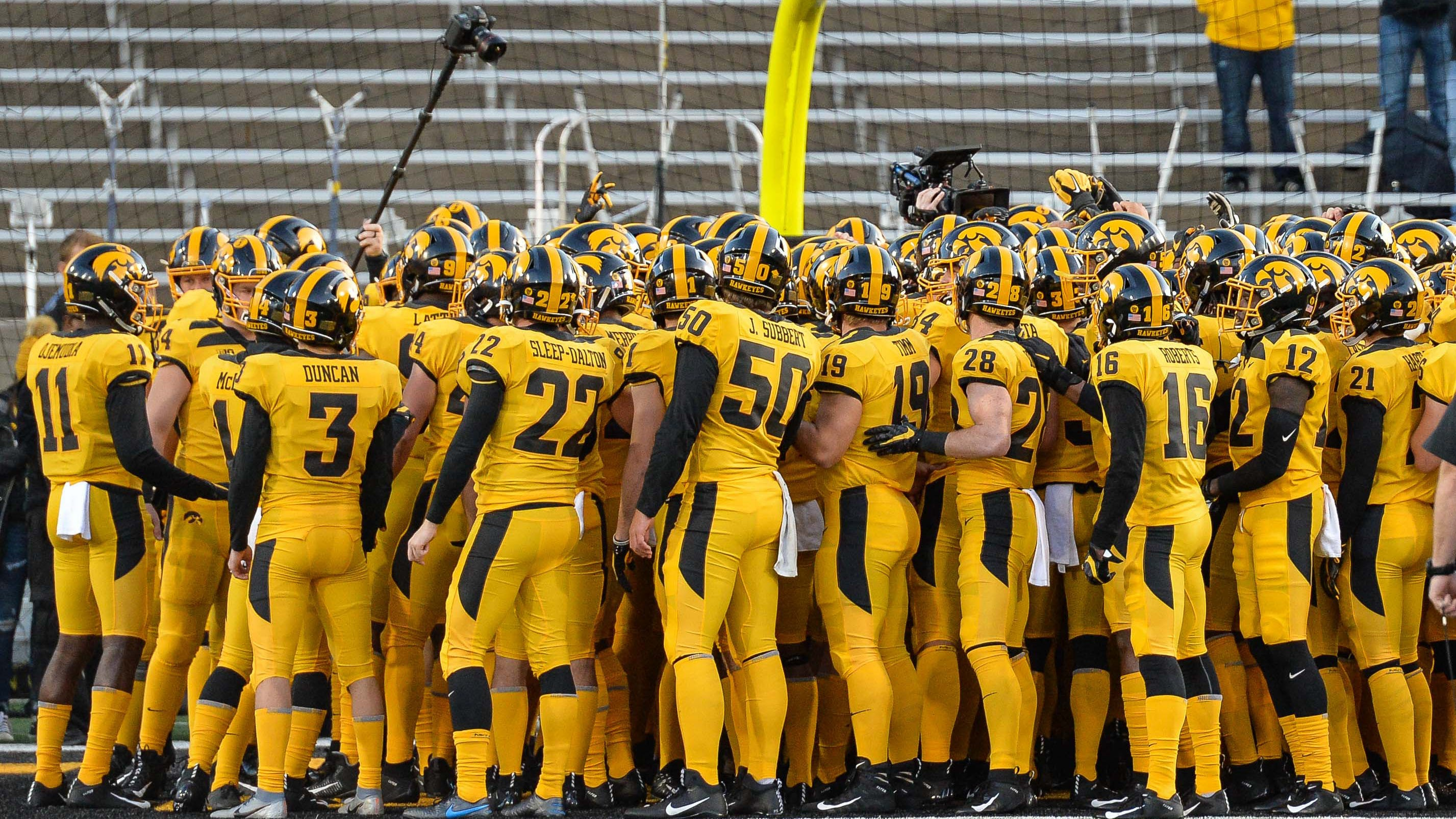 Leistikow: Oddsmakers think Hawkeyes are a 5-4 team
