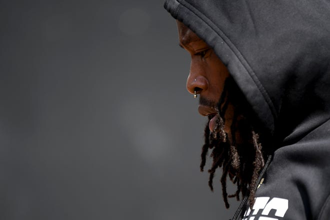 Oct 13, 2019; Jacksonville, FL, USA; New Orleans Saints running back Alvin Kamara (41) warms up prior to a game between the Jacksonville Jaguars and the Saints at TIAA Bank Field. Mandatory Credit: Douglas DeFelice-USA TODAY Sports