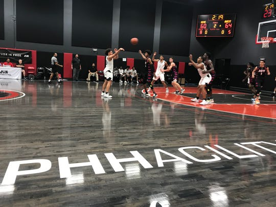 Oct. 14, 2019; Minnesota Prep plays against Dream City Christian in one of the final games of Prep Showcase In The Desert at The PHHacility in Tempe, Ariz.