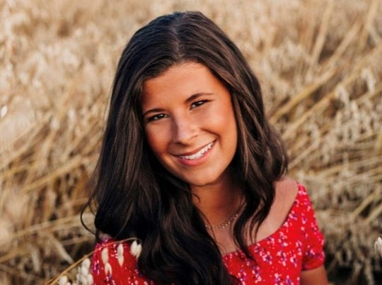 Chloe Baker, Salem Academy.