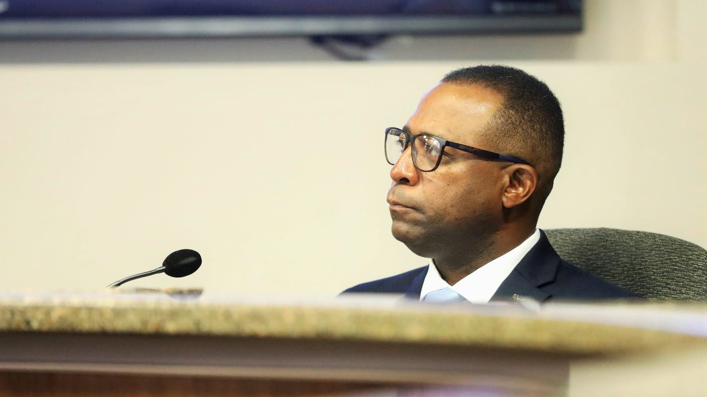 Mayor, city attorney say El Paso City Council cannot act on Sam Morgan allegations
