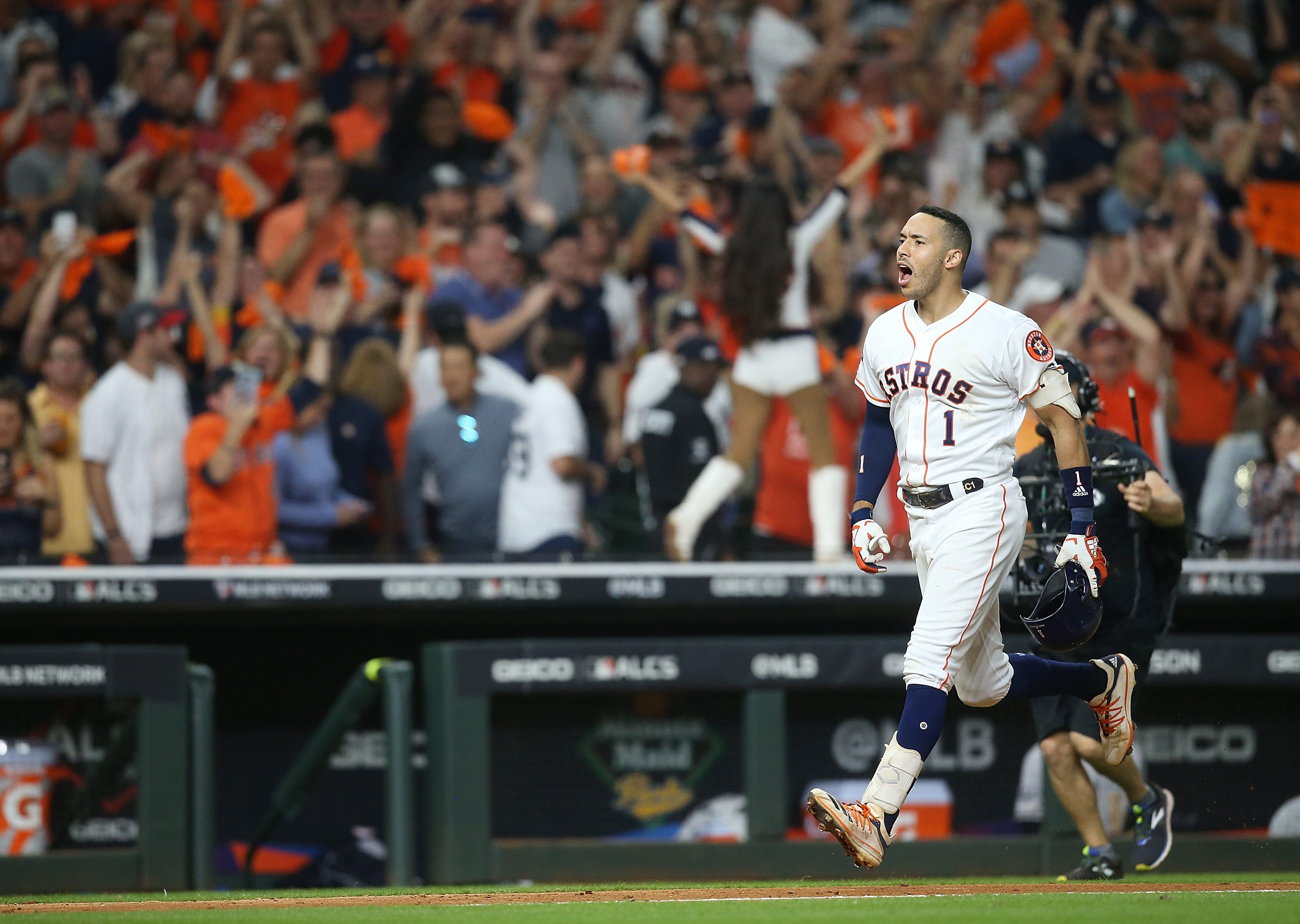 'I don't even know what I did': Carlos Correa lost his mind while saving Astros' season