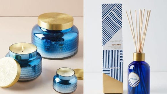 Best Gifts for Sister: Capri Blue Candle