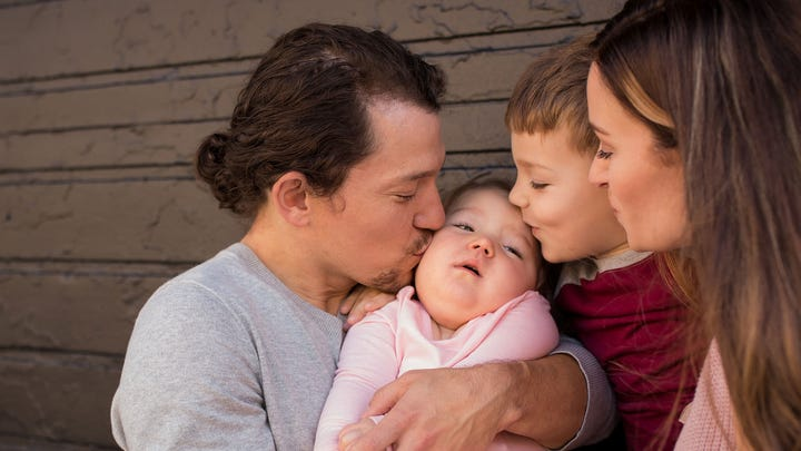'Hamilton' star Miguel Cervantes and wife mourn 3-year-old daughter: 'She went peacefully in my arms'