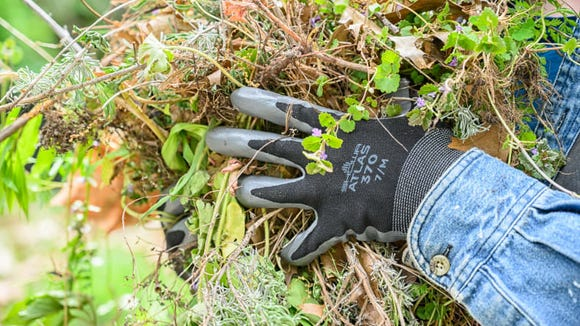 Best gifts under $25: Showa Atlas 370 Gardening Gloves