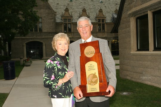 Jack Nagy (right) and his wife Betty Ann