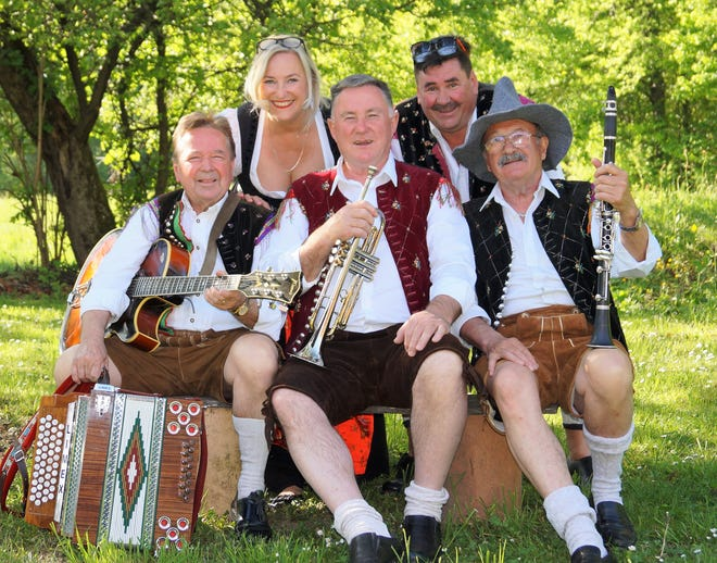 Die Flotten Oberkrainer is a Monheim, Germany act that plays the peppy oberkrainer folk-music from Slovenia.