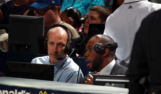 February 1, 2013 -   Memphis Grizzlies broadcast team member Hank McDowell, left, is joined by Memphis Grizzlies Quincy Pondexter during the game broadcast as the Grizzlies play the Washington Wizards at the FedExForum Friday evening.  (Nikki Boertman/The Commercial Appeal)
