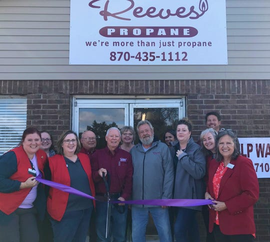 The Mountain Home Area Chamber of Commerce recently held a ribbon cutting at Reeves Propaneto celebrate the grand opening of their new building located at 6752 Highway 62 West in Gassville.Reeves has other locations at Horseshoe Bend and Batesville. Their three showrooms feature operating units,propane appliances, fireplaces, log sets, inserts, space heaters, and many other propane accessories.The store is currently looking for potential employees. Call (870) 710-0751 for more information.For propane and appliance information, visit their website reevespropane.com or call (870) 435-1112.