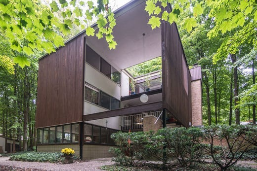 Iconic mid-century modern Plymouth home described as 'unicorn' hits market for first time