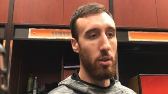 Frank Kaminsky scored a game-high 22 points off the bench as Phoenix fell to Denver, 107-102, Monday night at Talking Stick Resort Arena.