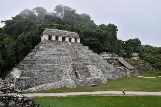 Vista general este martes de las ruinas de la ciudad de Palenque, en el estado de Chiapas (México).