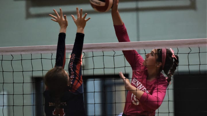 James M. Bennett senior volleyball duo has Clippers sitting undefeated