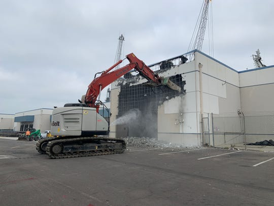 The Port of Hueneme has begun demolishing a large, obsolete warehouse at its South Terminal which officials say will make way for the terminal to double its cargo handling capacity.