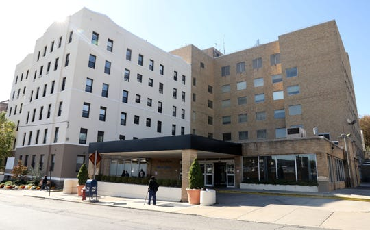 Montefiore Mount Vernon Hospital Oct. 15, 2019. Montefiore Health System announced that it will close its Mount Vernon Hospital and replace it with a new $41 million emergency and ambulatory facility.