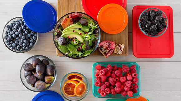 Best housewarming gifts 2019: Pyrex Meal Prep Container Set