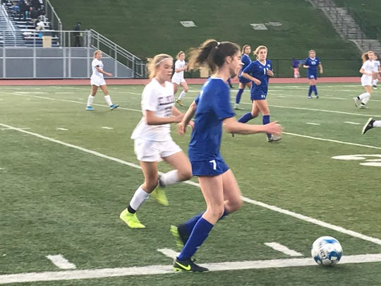 Maine-Endwell's Maura Munley controls the ball during the Tuesday's Southern Tier Athletic Conference semifinal against visiting Elmira. The Spartans advanced in a shootout.