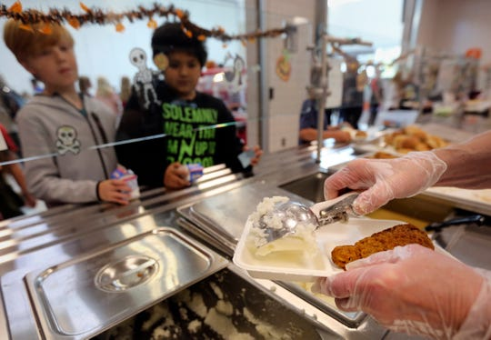 Nearly a million students could lose their automatic eligibility for free school lunches under a Trump administration proposal that's expected to reduce the number of people who get food stamps.