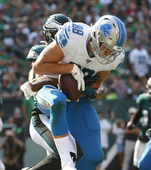Lions tight end T.J. Hockenson has 15 catches in the first five games of his rookie season.