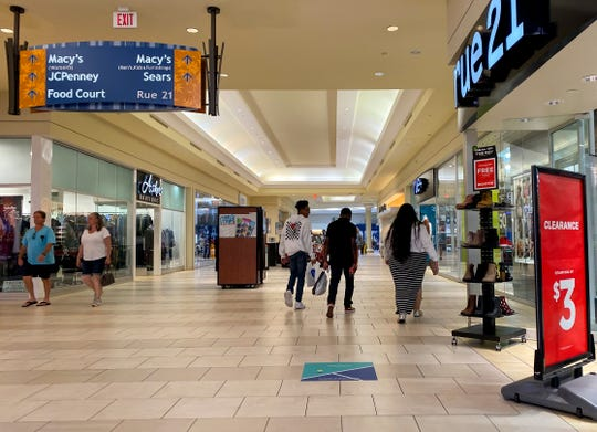 Edison Mall recently sold for $33 million to an Aventura company, but the owner of the mall immediately leased it back and will continue to operate the mall.