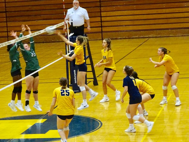The Lancaster volleyball team opened the Division I tournament with a sweep against visiting Westland Tuesday night.
