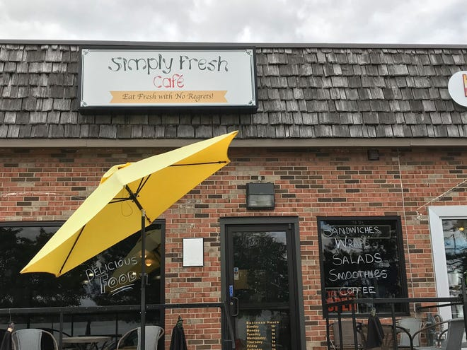 Simply Fresh Cafe at 201 N. Riverside Ave.is for sale.