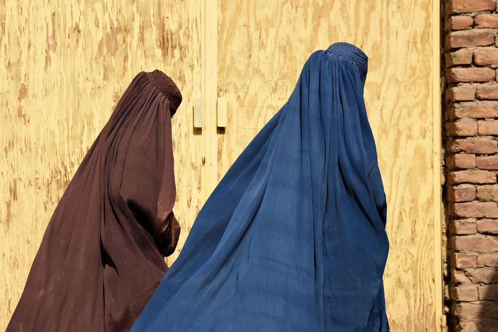 Afghan women team walk together in Kandahar, Afghanistan, in October 2019.
