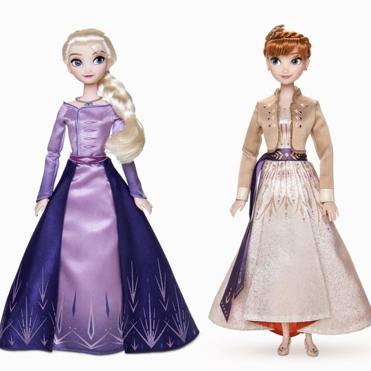 Arendelle's beloved sisters are dressed in their finest in this set.