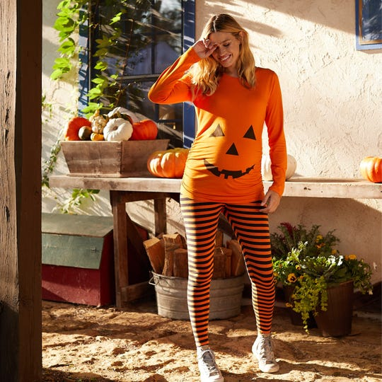 8 adorable and funny ways to dress up your pregnant bump for Halloween