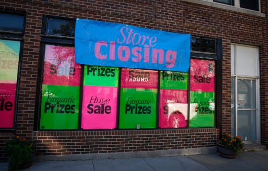 Hiland Park Hardware in the Highland Park district is closing after decades of business in Des Moines.