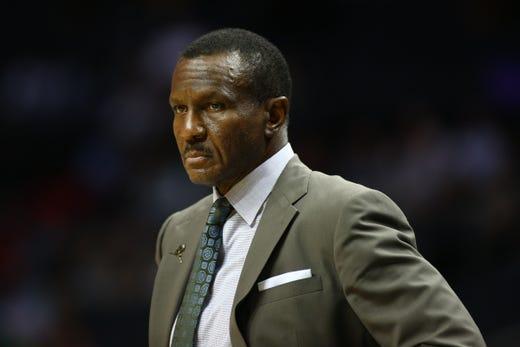Detroit Pistons' Drummond leads team past Charlotte in preseason finale, 116-110