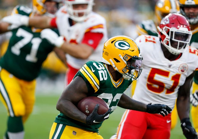 The Lions claimed running back Tra Carson off waivers on Thursday.