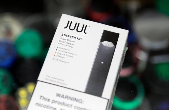 A Juul electronic cigarette starter kit.