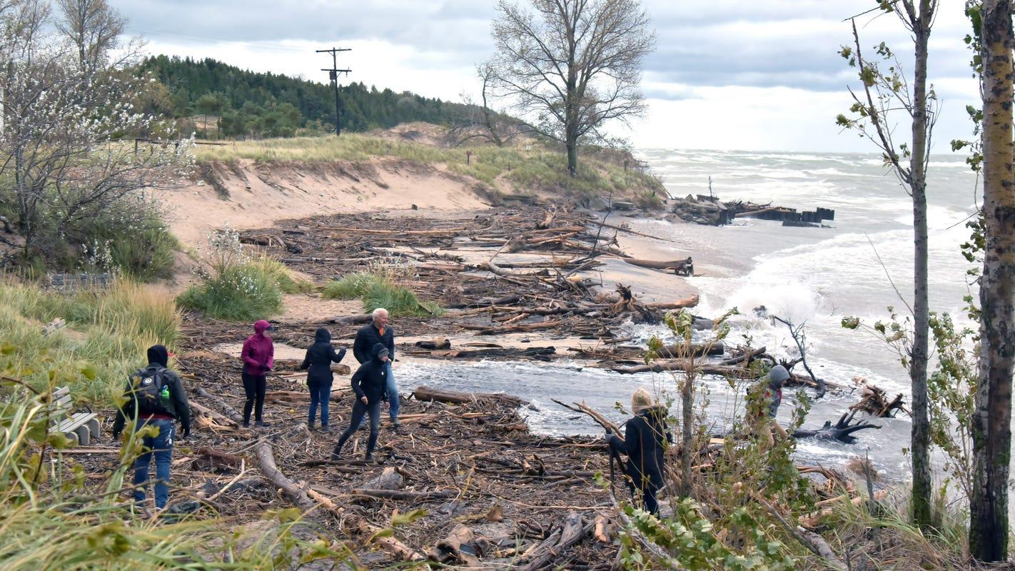 High Great Lakes, big storms put Michigan shoreline at risk