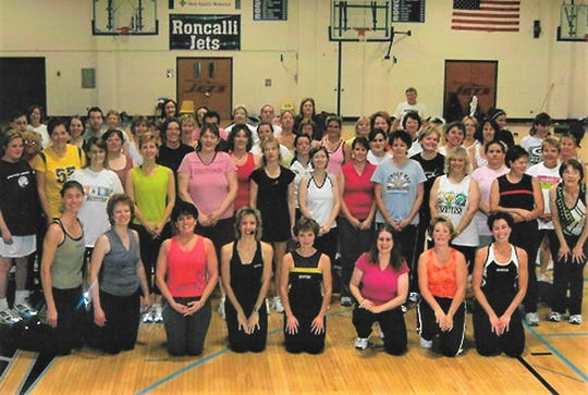 A Jazzercise Thanksgiving morning class.