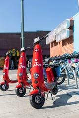 OjO, a station-based scooter service, is bringing 250 seated scooters to Memphis.