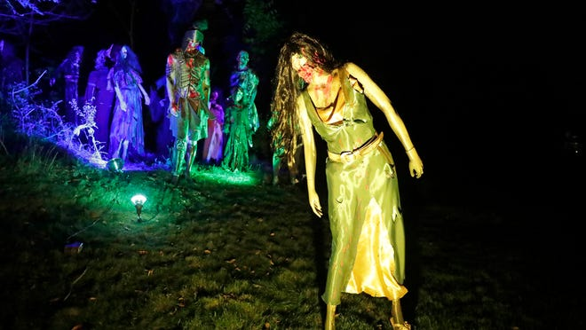 2020 Best Halloween Decorated Houses In Milwaukee Area Halloween decorations: 6 Milwaukee area homes that go all out