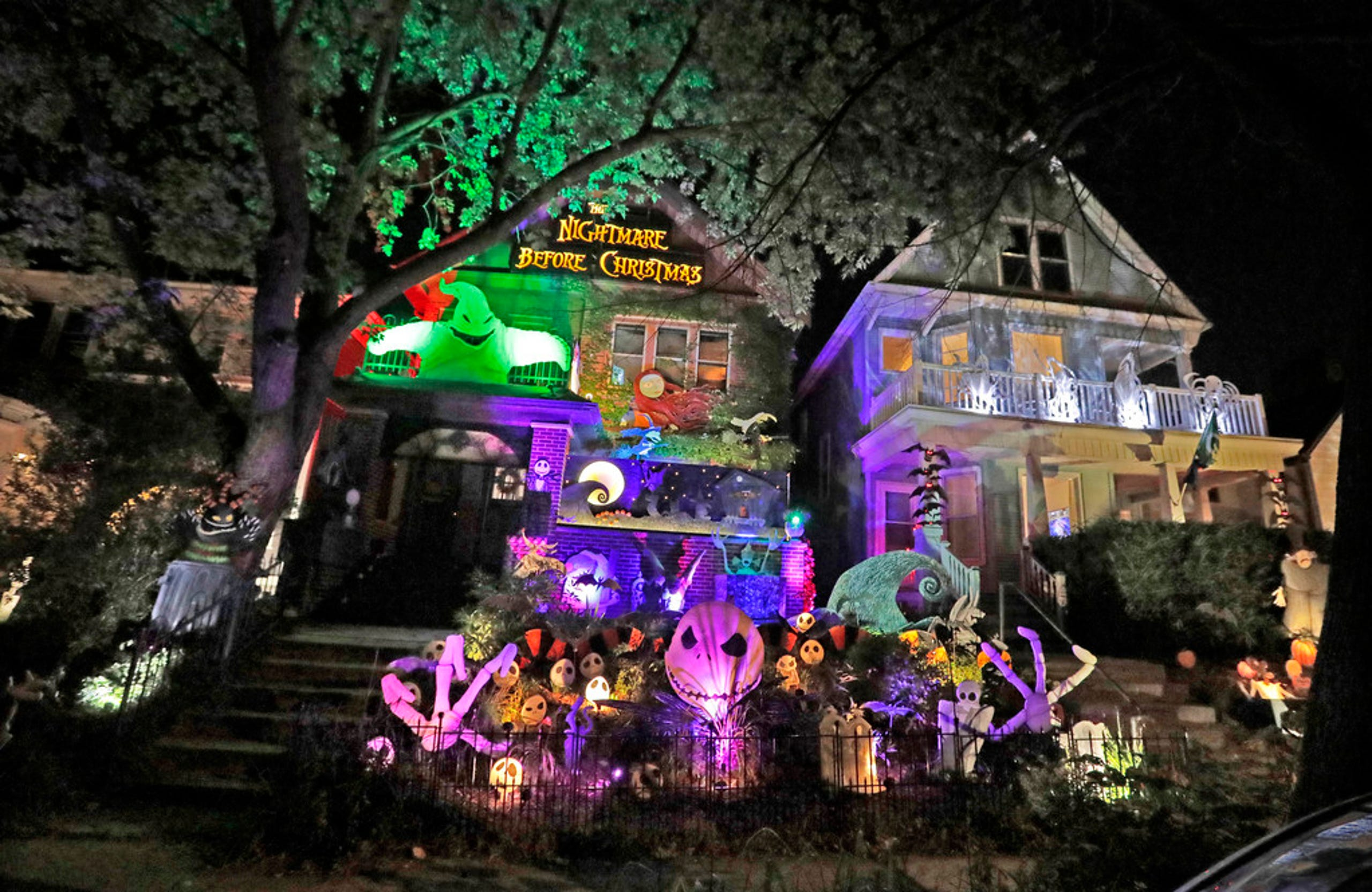 Nightmare Before Christmas Houses.Take A Look At 6 Milwaukee Area Houses That Go All Out For