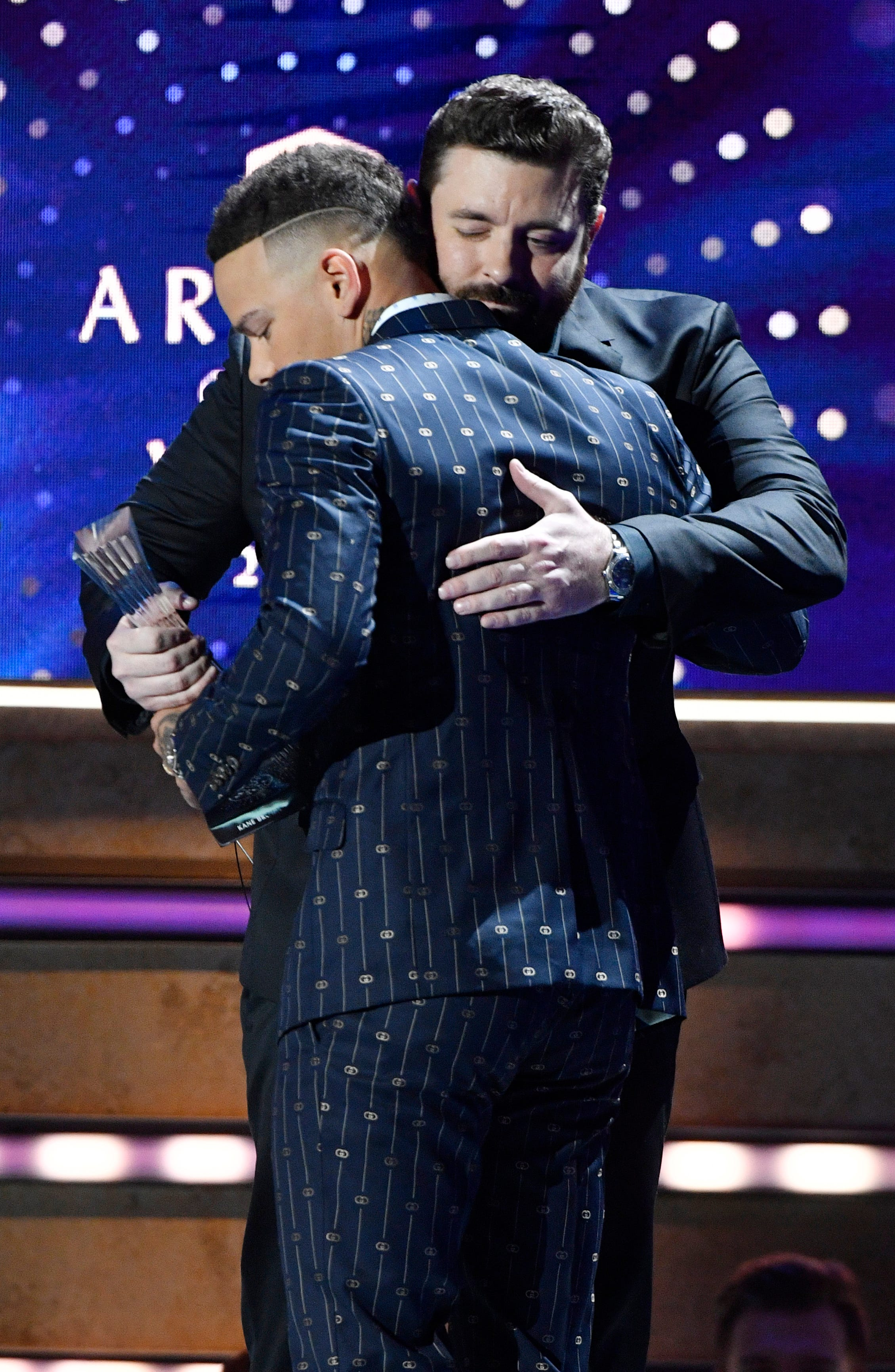 CMT Artists of the Year: Thomas Rhett leads prayer for Kane Brown, other memorable moments
